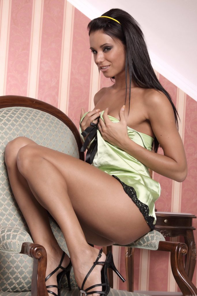 Stunning Young Lady - XLondonEscorts